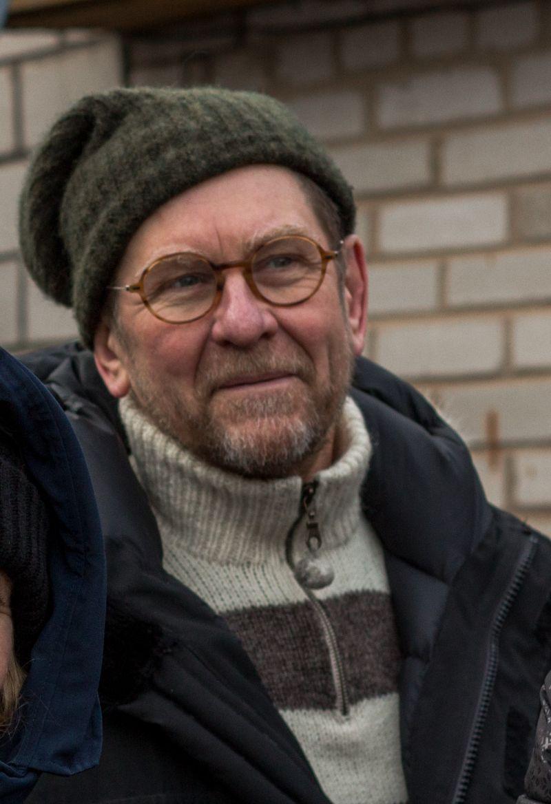 "Eugen Tamberg (""Vee peal"", Filmivabrik, rež. Peeter Simm)"