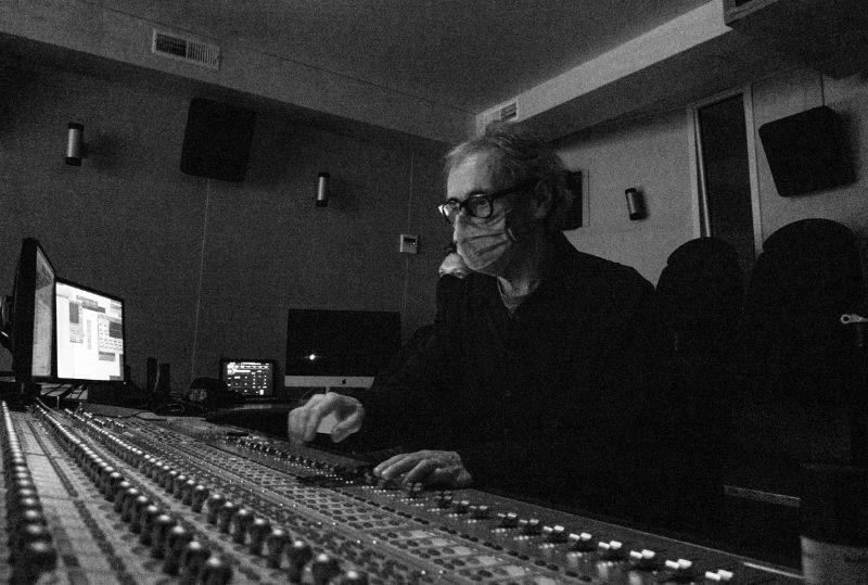"""Mark Glynne (""""Viimased"""", Homeless Bob Production (EE) / Bufo (FI) / PRPL (NL), rež. Veiko Õunpuu)"""